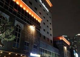 アリアナ ホテル 写真