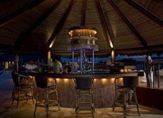ブルーウォーター マリバゴ ビーチ リゾート 写真