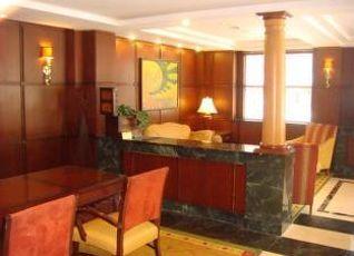 スカイライン ホテル 写真