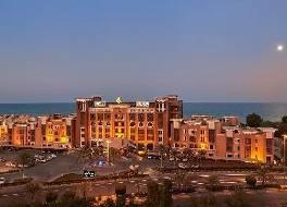 サフィール フィンタス クウェート ホテル