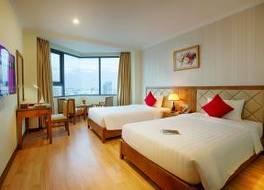 セレーン ビーチ ホテル 写真