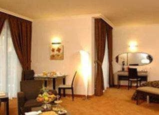 リージェンシー パレス ホテル 写真