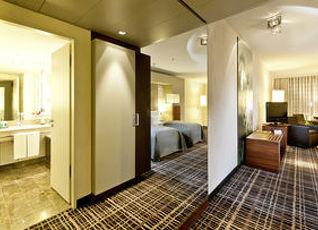 ドリント ホテル アム ホウマークト ケルン 写真