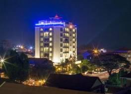 ヤク ロム ホテル