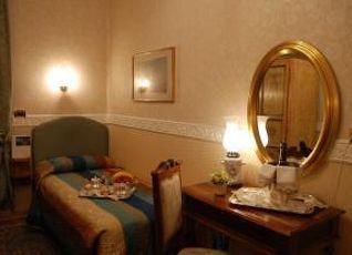 ホテル リヴェエラ 写真