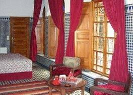 Riad Au 20 Jasmins 写真
