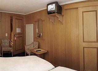 ホテル ヘルヴェティア 写真