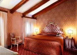 ホテル リアルト 写真