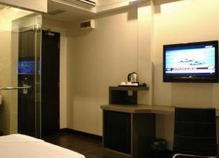 デ ホテル イポー 写真