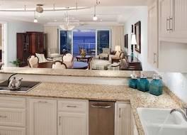 Caribbean Club Luxury Condo Hotel 写真