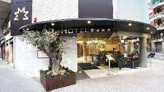 ホテル マダニス