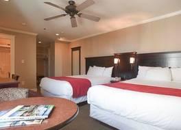 ストラスコナ ホテル 写真