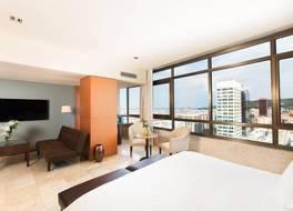グラン ホテル トレ カタルーニャ 写真