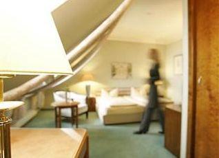 ホテル ドイッチェ シアター 写真
