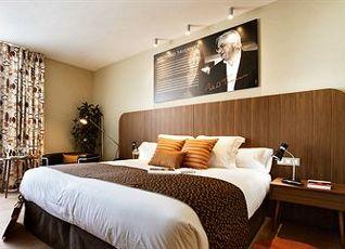 ホテル アストリア7 写真