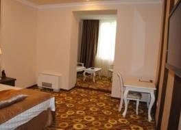 インペリアル パレス ホテル 写真