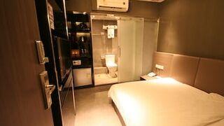 S ホテル ヤウ マー テイ
