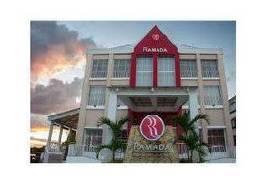 ラマダ ティカル イスラ デ フローレス ホテル