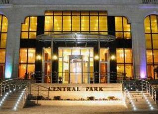 Central Park Hotel 写真