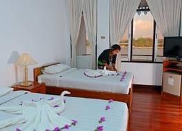 グローバル グレース ピンダヤ ホテル 写真