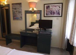 ハル トゥル ホテル 写真
