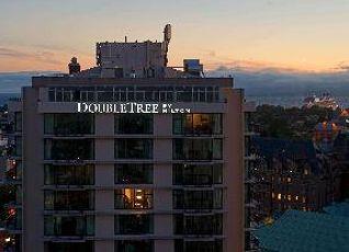 ダブルツリー バイ ヒルトン ホテル&スイーツ ビクトリア 写真