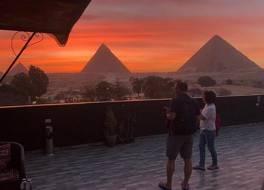 Panorama Pyramids Inn 写真
