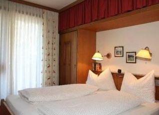 シャレー ホテル センガー 写真