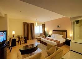クリスタル クラウン ホテル 写真