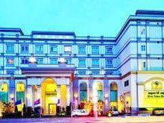 リバー パレス ホテル & スパ