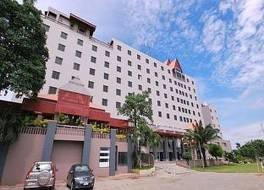 ソンファンブリ ホテル
