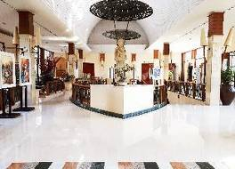 ノボテル スラバヤ ホテル 写真