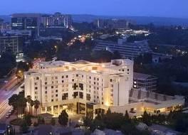 ヒルトン サンドトン ホテル 写真