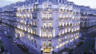 ホテル ラ トレモワイユ