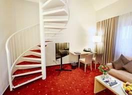 ベストウエスタン ホテル ツア ポスト 写真