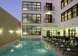 ロイアティコ ホテル 写真