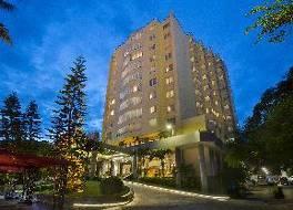 ハロン パール ホテル
