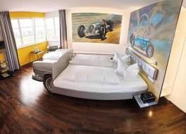 V8 ホテル モーターワールド リジョン シュトゥットガルト 写真