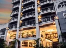 ラオ オーキッド ホテル