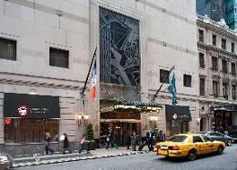 ミレニアム タイムズ スクエア ニューヨーク