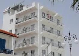 Zodiac Hotel Apartments 写真