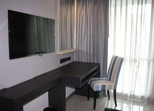 ホテル クローバー アソーク バンコク 写真