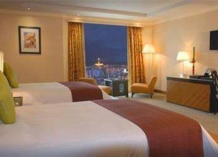 ケンジ タワー ホテル 写真