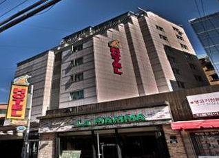 ホテル アット ホーム 写真