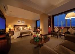 ランディソン プラザ ホテル 写真