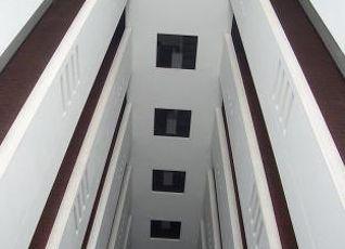 ガラレ トン タワー 写真