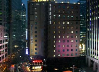 ニュー クッチェ ホテル 写真
