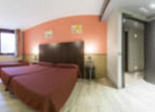 ホテル ロンダ レッセプス 写真