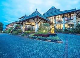 ローヤル オーキッズ ガーデン ホテル 写真