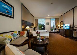 Zephyr Suites Boutique Hotel 写真